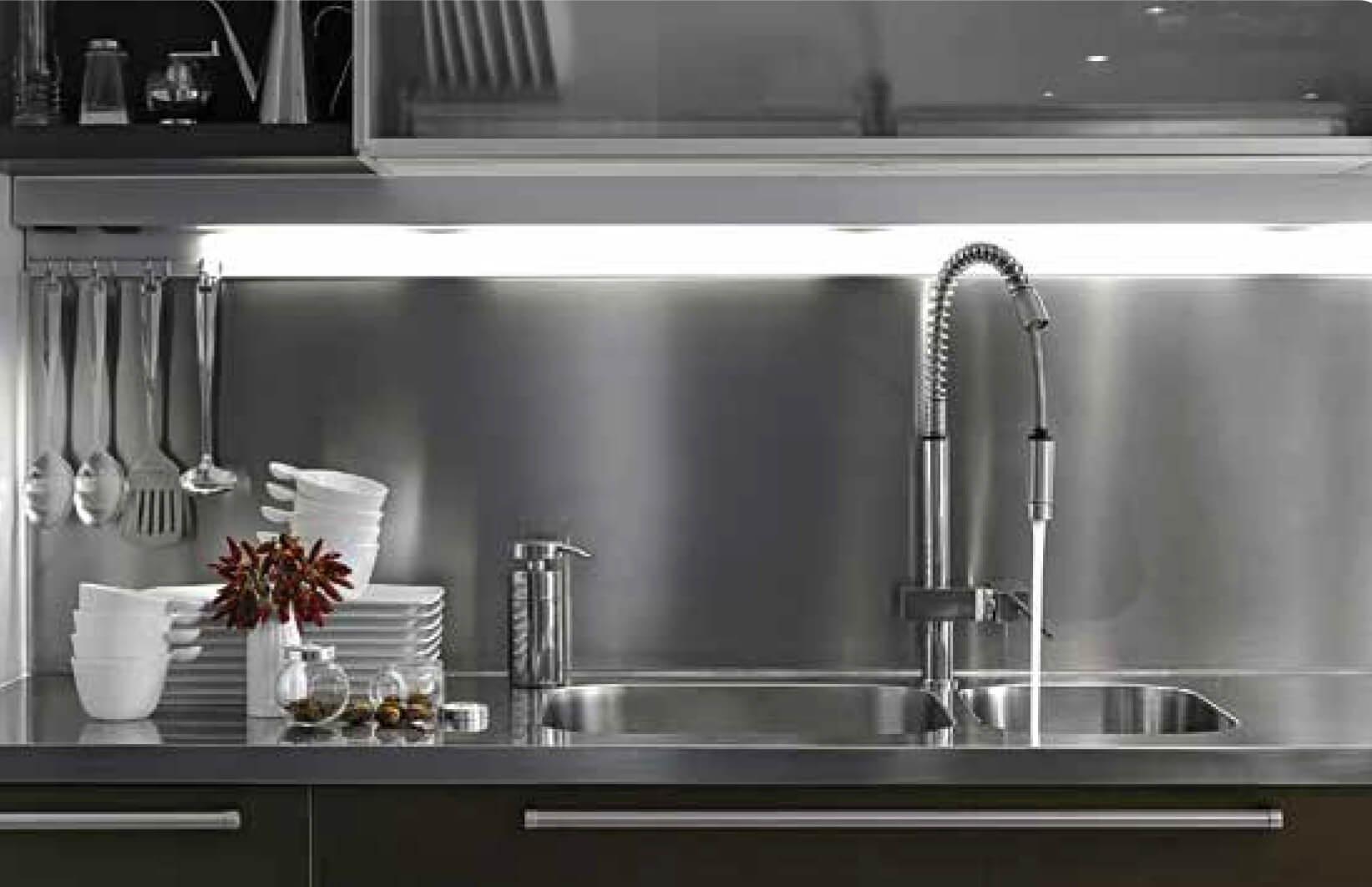 Nordlinger pro plaque composite alu pour cr dence de cuisine - Plaque de zinc pour cuisine ...